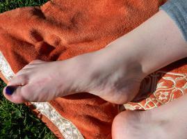 Foto 7 Geld als weibliches Fußmodel in Trier verdienen