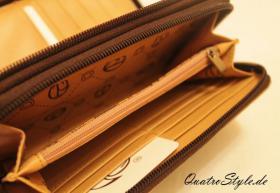 Foto 3 Geldbörse von Giulia Pieralli mit umlaufendem Reißverschluss