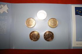 Foto 4 Gemeinschaftsausgabe 10 Jahre EURO 2009 in Vollvergoldung