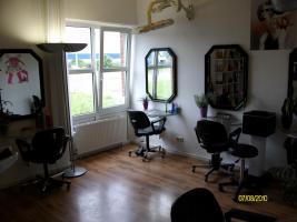 Foto 4 Gemütlicher Friseursalon zu vermieten