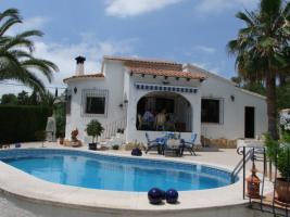 Gepflegte Villa mit einem privaten Pool in Moraira