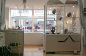 Foto 5 Geschäftslokal ''Schmuckgalerie & Goldankauf, Goldschmied Atelier inkl.Dekor kompl. Einrichtung !!!