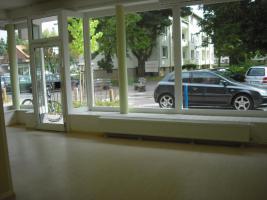 Foto 2 Geschäftsräume