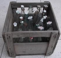 Glasflaschen mit Bügelverschluss, 20 Stück, sehr alt, teils aus den 50igern