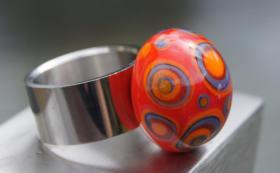 Foto 3 Glasperlenfingerringe auf Edelstahl