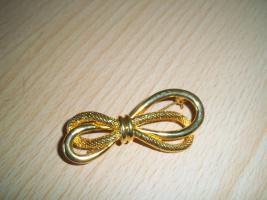 Goldbrosche Modeschmuck