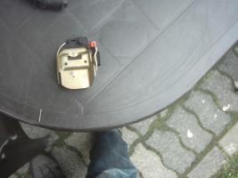 Foto 3 Golf 3 cabrio Türfalle links - Lampenträger Golf 3