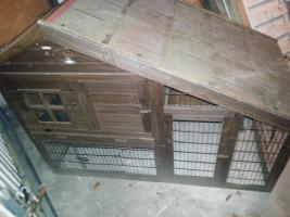 Gr. Kleintierstall aus Holz mit integrierten Auslauf (Trixi Natura)