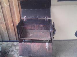 Grilldrehspieß mit Scheibenwischermotor