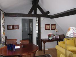 Großartige Wohnung in 4 Zimmer(Kammern) mit ausgerüsteter Küche