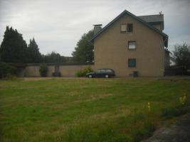 Foto 2 Große Doppelhaushälfte zu verkaufen.