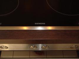 Foto 5 Grosse Einbauküche Inkl. Kochplatte, Backofen, Dunstabzugshaube von SIEMENS