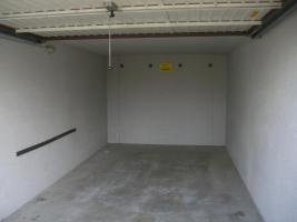 Foto 3 Große Garage
