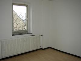 Foto 2 Große Wohnung