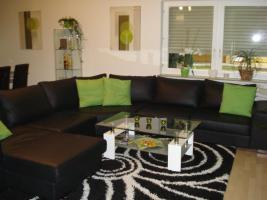 Große gepflegte Leder couch
