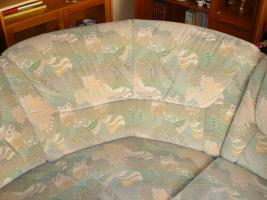 Foto 7 Große, gemütliche Couchgarnitur mit Rundecke und Fußhocker