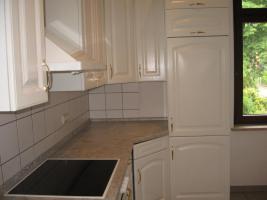 Foto 6 Große, helle Einbauküche mit allen Geräten, Topfkarussel usw. zu verkaufen
