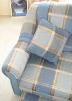 Foto 2 Große, moderne Couchgarnitur mit Schlaffunktion und Rundecke