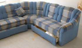 Foto 3 Große, moderne Couchgarnitur mit Schlaffunktion und Rundecke