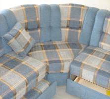 Foto 5 Große, moderne Couchgarnitur mit Schlaffunktion und Rundecke