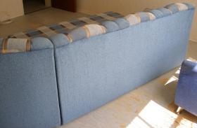 Foto 7 Große, moderne Couchgarnitur mit Schlaffunktion und Rundecke