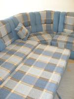Foto 8 Große, moderne Couchgarnitur mit Schlaffunktion und Rundecke