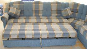 Foto 9 Große, moderne Couchgarnitur mit Schlaffunktion und Rundecke