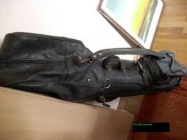 Foto 2 Große, robuste Golftasche mit vielen Unterteilungen