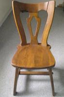 Foto 2 Grosser Esszimmer Tisch mit 6 Stühlen -Eiche massiv-