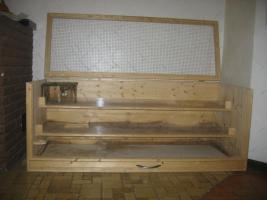 Foto 2 Großer Kleistierstall, 3 Etagen, Holz mit Plexiglasscheibe und Gitter