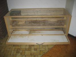 Foto 8 Großer Kleistierstall, 3 Etagen, Holz mit Plexiglasscheibe und Gitter