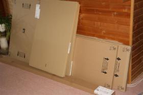 Foto 5 Großer Schlafzimmerschrank mit weißen Schiebetüren, 200x216x68