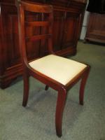 Foto 5 Grosser ovaler Tisch mit 6 Stühlen- Kirsch Holz