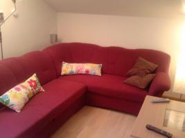 Foto 2 Großes neuwertiges Sofa mit Schlaffunktion, U-förmig