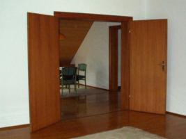 Foto 25 Gro�z�giges Ein- bis Zweifamilienhaus mit eigenem Apartement