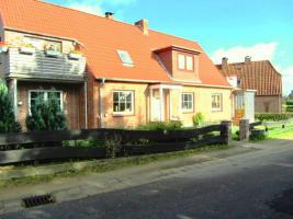 Foto 2 Grundsaniertes Einfamilenhaus an der Ostsee - Courtagefrei!