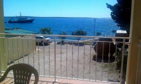 Foto 6 Gruppenhaus in Mandre auf der Insel Pag, 6 Apartments direkt am Meer