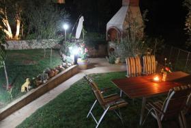 Foto 3 Gruppenhaus in Posedarje bei Zadar bis zu 16 Personen, 4 Apartments