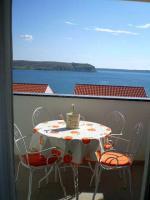 Gruppenhaus in Rtina Miocici bei Zadar bis zu 12 Personen Dalmatien Kroatien Meer 250 m