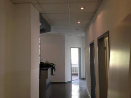 Foto 8 Günstige Büro-/Praxisräume in guter Lage