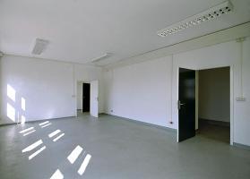 Foto 2 Günstige Büroräume zu vermieten