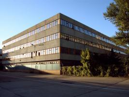 G�nstige Lagerr�ume in verschiedenen Gr��en in Berlin-Hohensch�nhausen zu vermieten