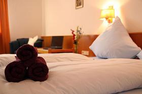 Foto 5 Günstige Monatspreise !!!!!! Möbilierte Zimmer in Hotelanwesen