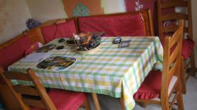 Foto 2 Gut erhaltene K�chenzeile, Anbauk�che in buchenfarben mit Elektroger�ten und ecktisch.