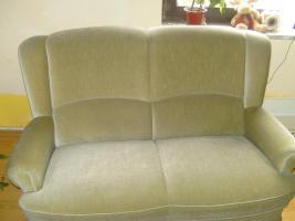 Guterhaltene 2-sitzer Couch