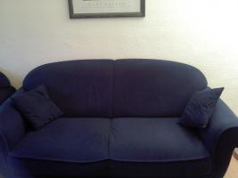 Foto 2 Guterhaltene Couchgarnitur bestehend aus einem 3, 2 & 1