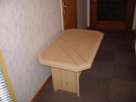 Foto 5 Guterhaltene Polstermöbel , Tische und Schränke günstig abzugeben