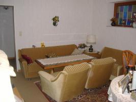 Foto 2 Guterhaltene Polstermöbel , Tische und Schränke günstig abzugeben