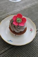 Foto 26 HAUSGEMACHT: Cupcakes im Hochzeitskleid, die etwas andere Hochzeitstorte! Ein bisschen crazy aber toll ! - Der ganz neue Trend -