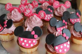 Foto 12 HAUSGEMACHT: Cupcakes in tausendundeins Variationen...einfach köstlich !... und auch optisch ein Genuß !